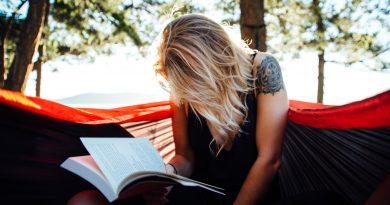 Reading boosts mood, improves brain health